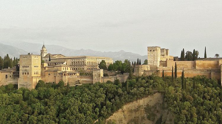 Ineco ha firmado un acuerdo de colaboración con la ciudad de Granada para implantar la plataforma Cityneco.